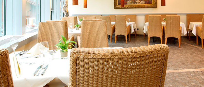 Hotel Silberhorn, Wengen, Bernese Oberland, Switzerland - restaurant.jpg